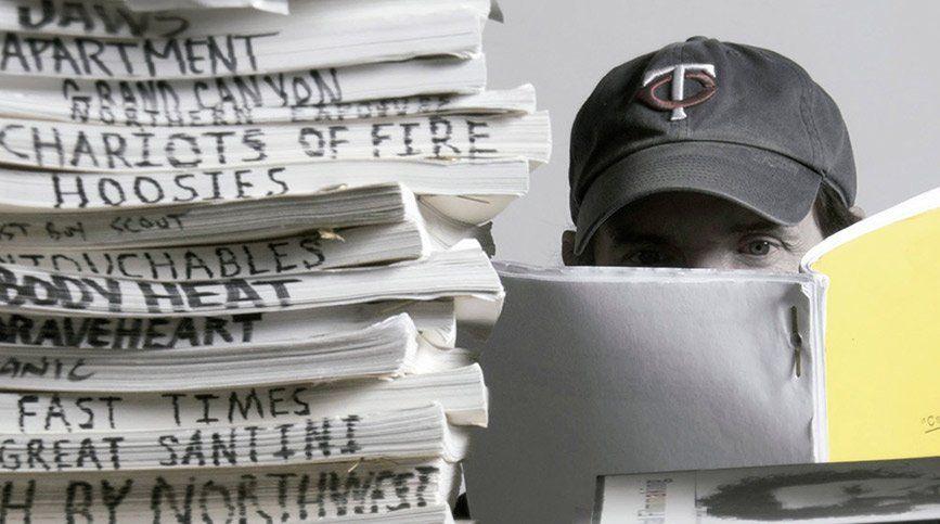 Estudiar guion, el arte que va más allá de escribir historias - Guiones FX
