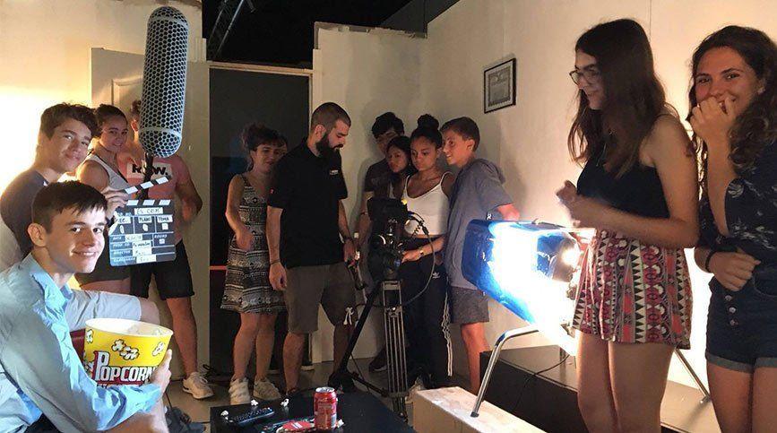 Cursos de verano, descubre tu carrera en el mundo audiovisual - Rodaje (Cuarto)